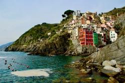I've seen coasts, but none as vibrant. April 2015. - Riomaggiore, Italy